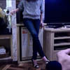 Heel & sneaker M man bullying by de S apparel clerk