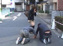 Daikanyama Married Woman Yuri's Picking Up Girls