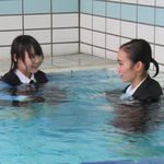 二人だけのプール遊び(Wet Girls 08A2)