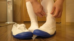 White Socks Scene021